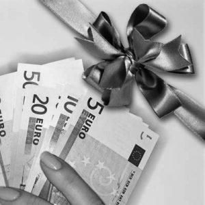 Tredicesima per colf e badanti, costi e consigli